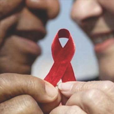 HIV/AIDS – ARRISCANDO-SE NESTA JORNADA A MAIS DE CINQUENTA